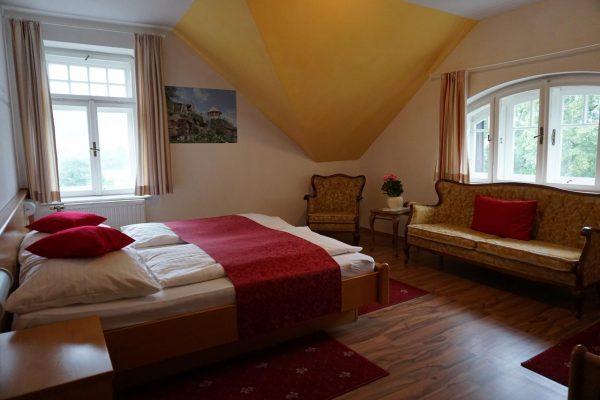 Standardzimmer Film-Hotel Mariandl